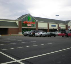sublease opportunity former shaw s supermarket 75 laconia road tilton nh 03276 american. Black Bedroom Furniture Sets. Home Design Ideas